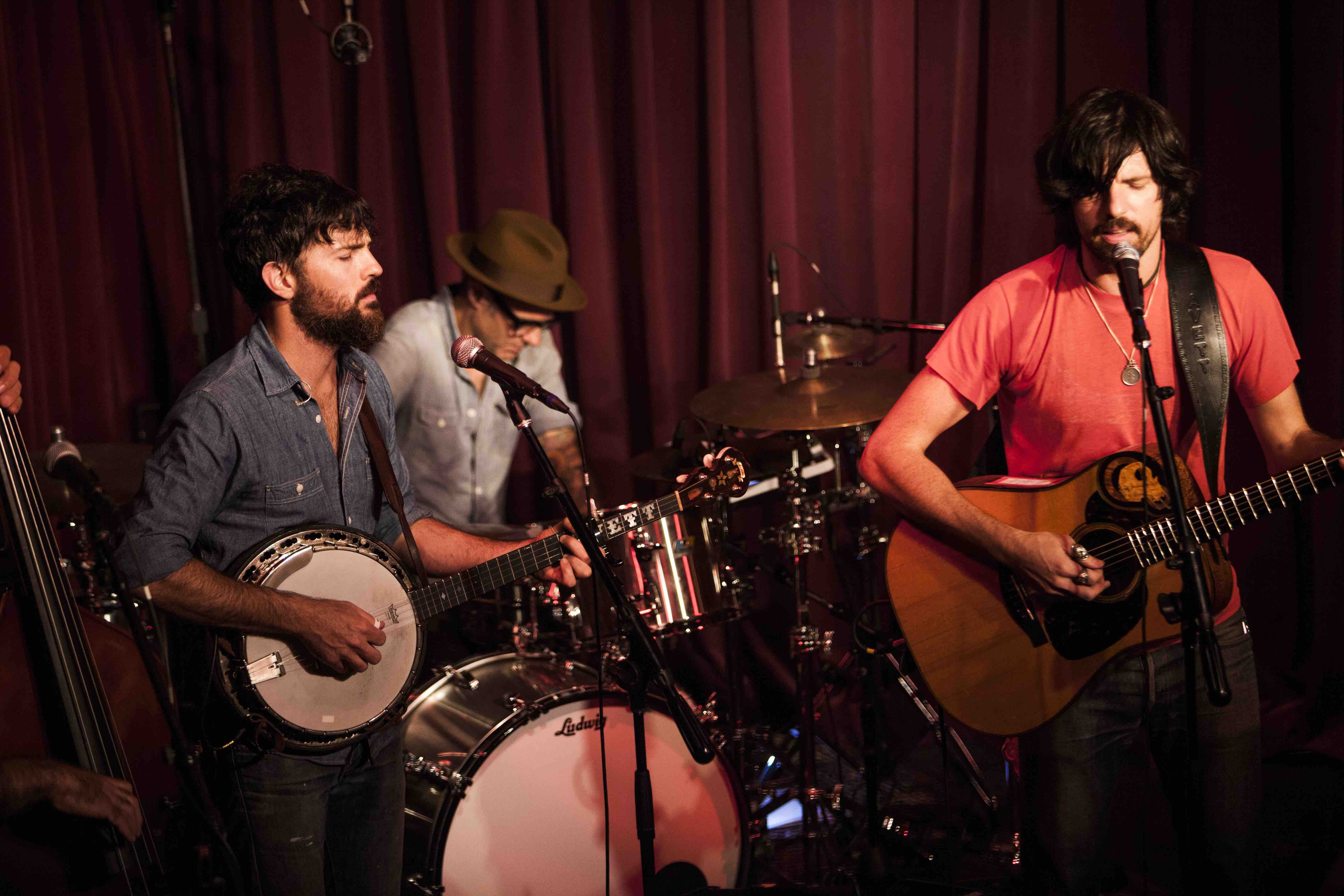 The Avett Brothers' KCRW's Apogee Sessions Broadcast Is A Can't Miss Event