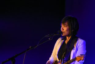 Thao Nguyen Goes Solo In The Hollywood Forever Cemetery's Landmark Venue [REVIEW+PHOTOS]