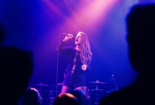 "Chandler Juliet Leaves Troubadour ""Speechless"" With Impressive Showing [REVIEW]"