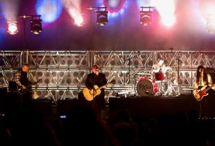 30 Years Later, The Pixies Still Rock As Hard As Ever [PHOTOS]