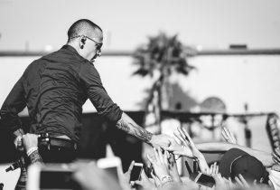 """One More Light"" Goes Out. Rest In Peace, Chester [IN MEMORIAM]"