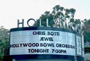 Chris Botti Seduces The Bowl With His Transformational Jazz [REVIEW]