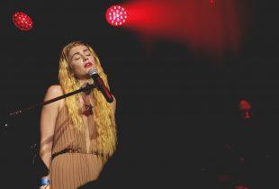 Gabrielle Wortman Of Smoke Season Spellbinds At The Moroccan Lounge [PHOTOS]