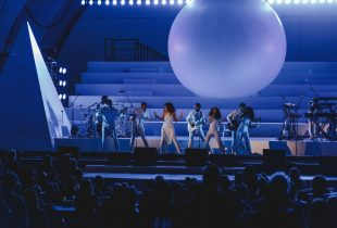 Solange Takes The Hollywood Bowl On A Cosmic Journey [PHOTOS]