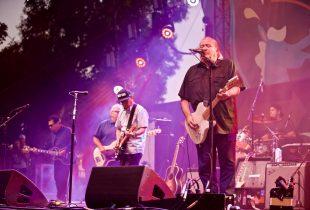 "Los Lobos Honored Josh Fischel By Playing ""Kiko"" At Music Tastes Good [PHOTOS]"